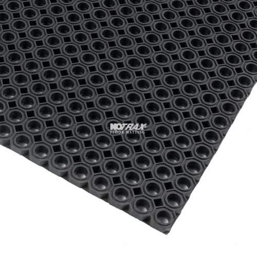 Pæn Notrax måtte, OCT-O-FLEX sort, 75 x 100 cm. - Udendørs gummimåtter HH58