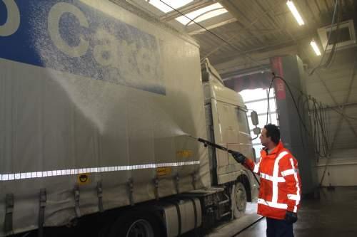 Udvendig vask af presenning/trailer/tanke